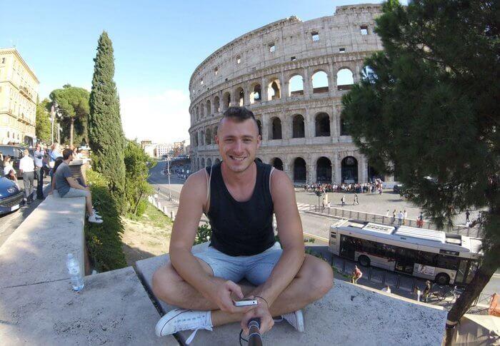 Ako píše, zarába a podniká travel bloger Milan Bardún (rozhovor)